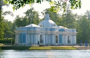 Catherine_palace_pavilion_grotto