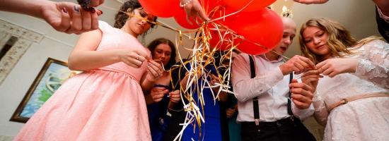 Украшение воздушными шарами к празднику
